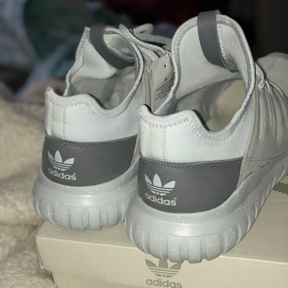 adidas Shoes   Mi Tubular Radial Women